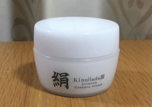 Naturalthyの絹 - KinuHada3 premium -