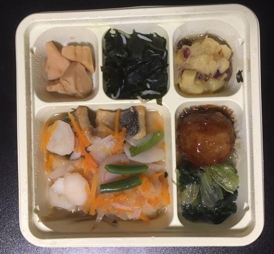冷凍弁当「にしんの野菜煮御前」解凍後