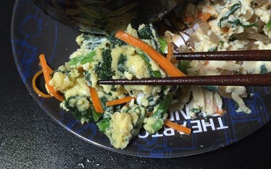 小松菜と人参の卵とじ